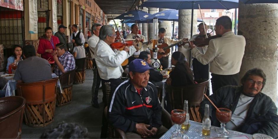 Restaurantes en Guadalajara ofrecen descuento a personas vacunadas contra COVID-19