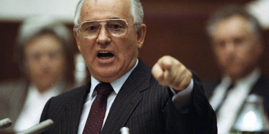 Mikhail-Gorbachev-1991