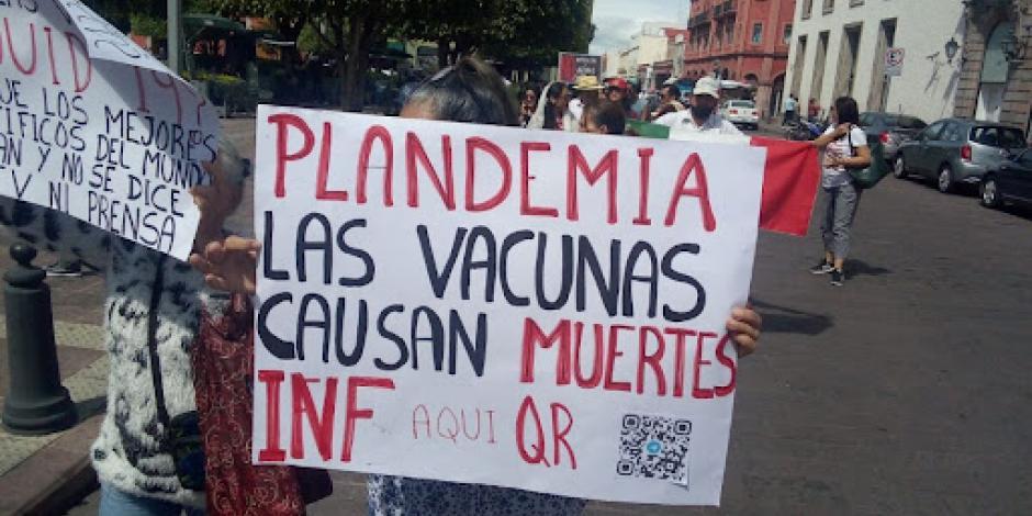 Manifestantes en Querétaro reclaman que la pandemia
