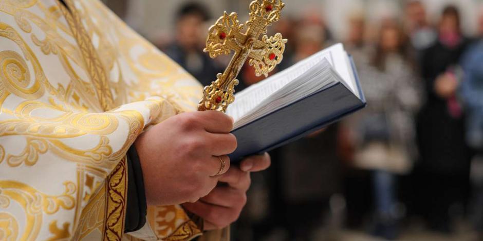 Un sacerdote de Michoacán fue expulsado luego de tener relaciones con 7 mujeres casadas