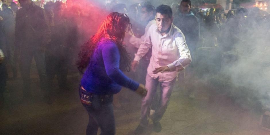 Fiesta, sonidero, fiesta sonidera, baile